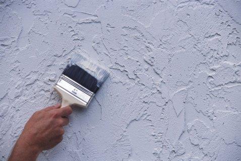 Покраска стен водоэмульсионной